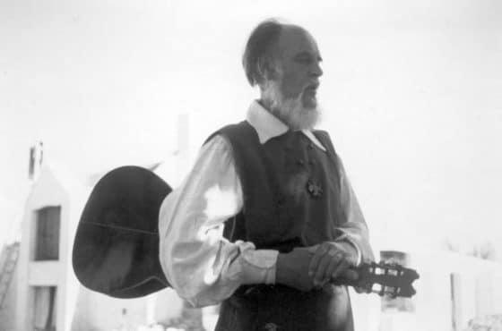 El músico y su guitarra