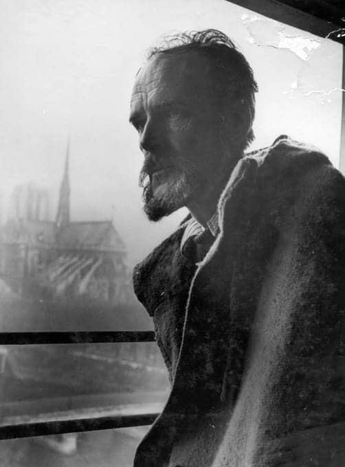 En su buhardilla, el día de la muerte de Gandhi (París, 30 de enero 1948)