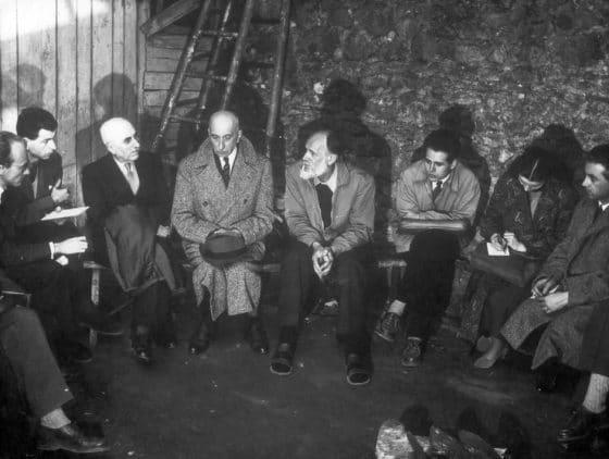 Clichy, marzo 1951: ayuno de 21 días en contra de las torturas en Argelia con, a la derecha de Lanza: François Mauriac y el pastor Roger
