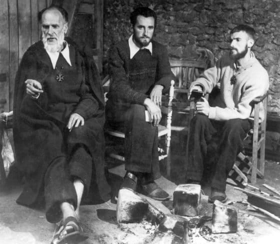 Lanza del Vasto - Avec Pierre Parodi à droite et Bernard l'Agneau au centre