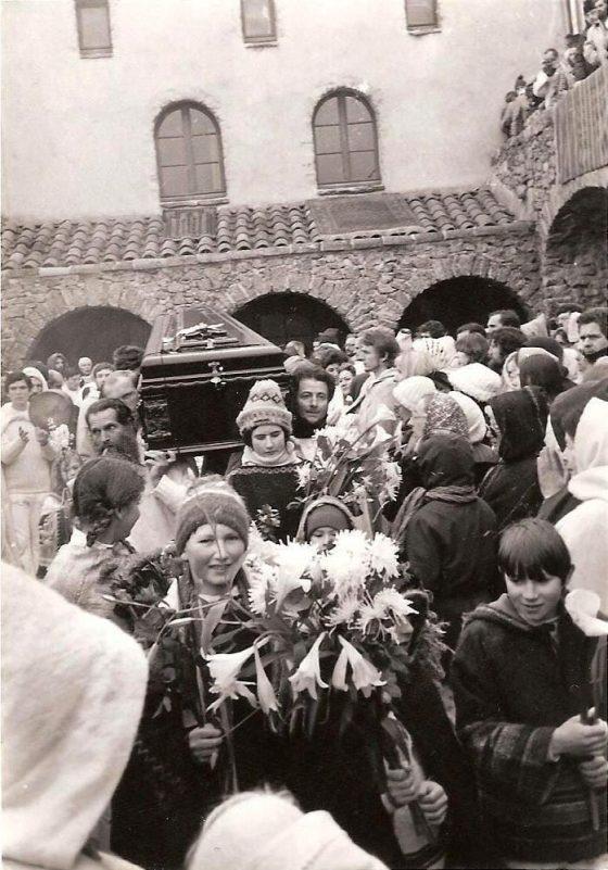 Lanza del Vasto - L'enterrement de Lanza del Vasto (La Borie-Noble, 10 janvier 1981).