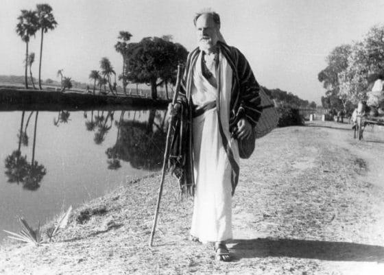 Lanza del Vasto en la India (1954)